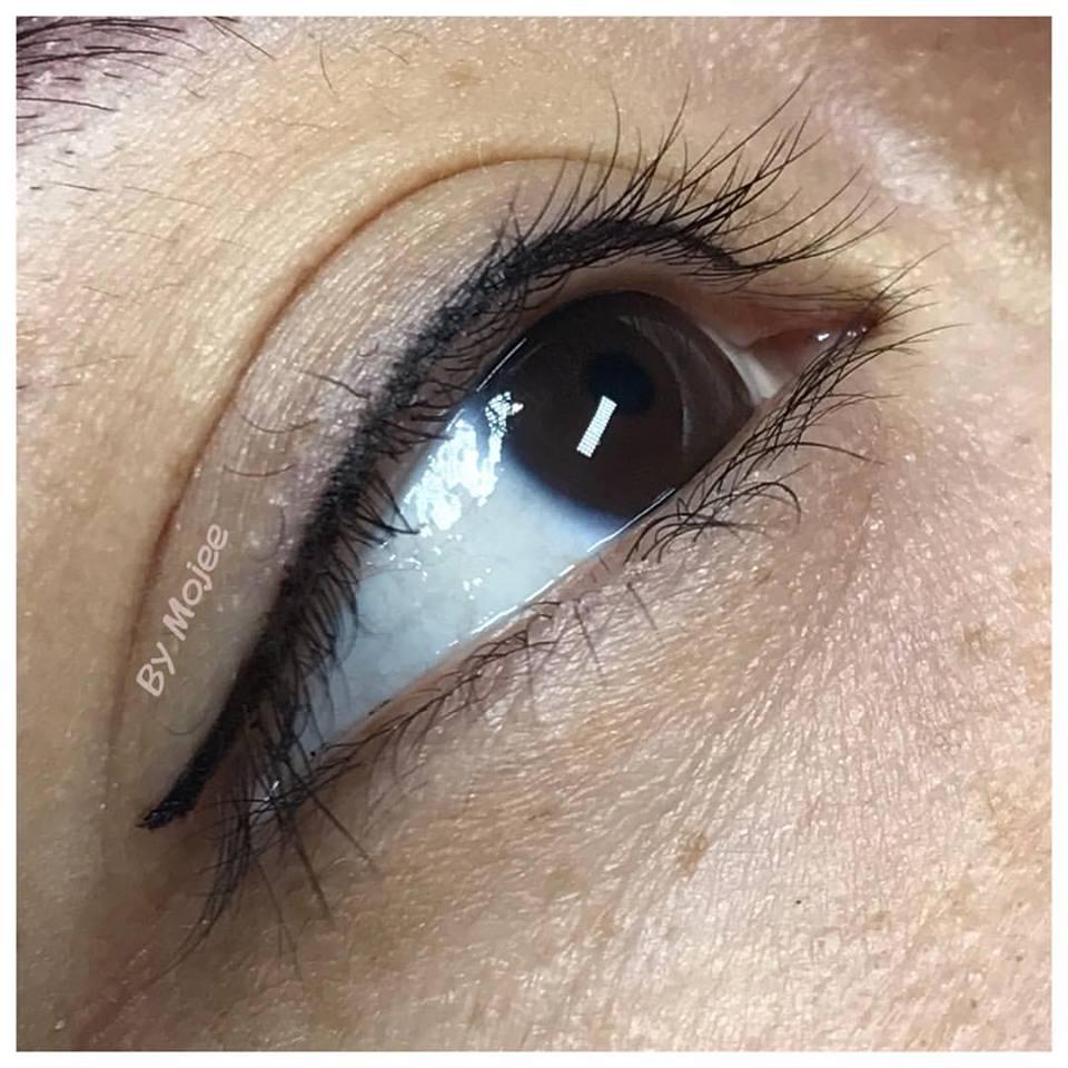 upper eyeliner